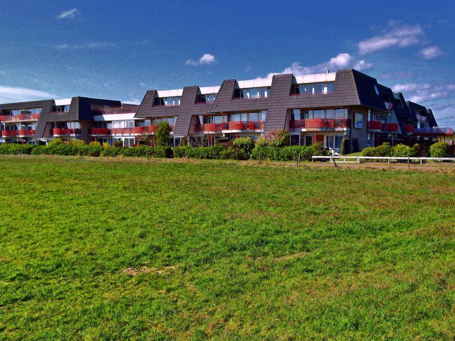 Blick auf die Südseite des Gebäudes (App. oben rechts)