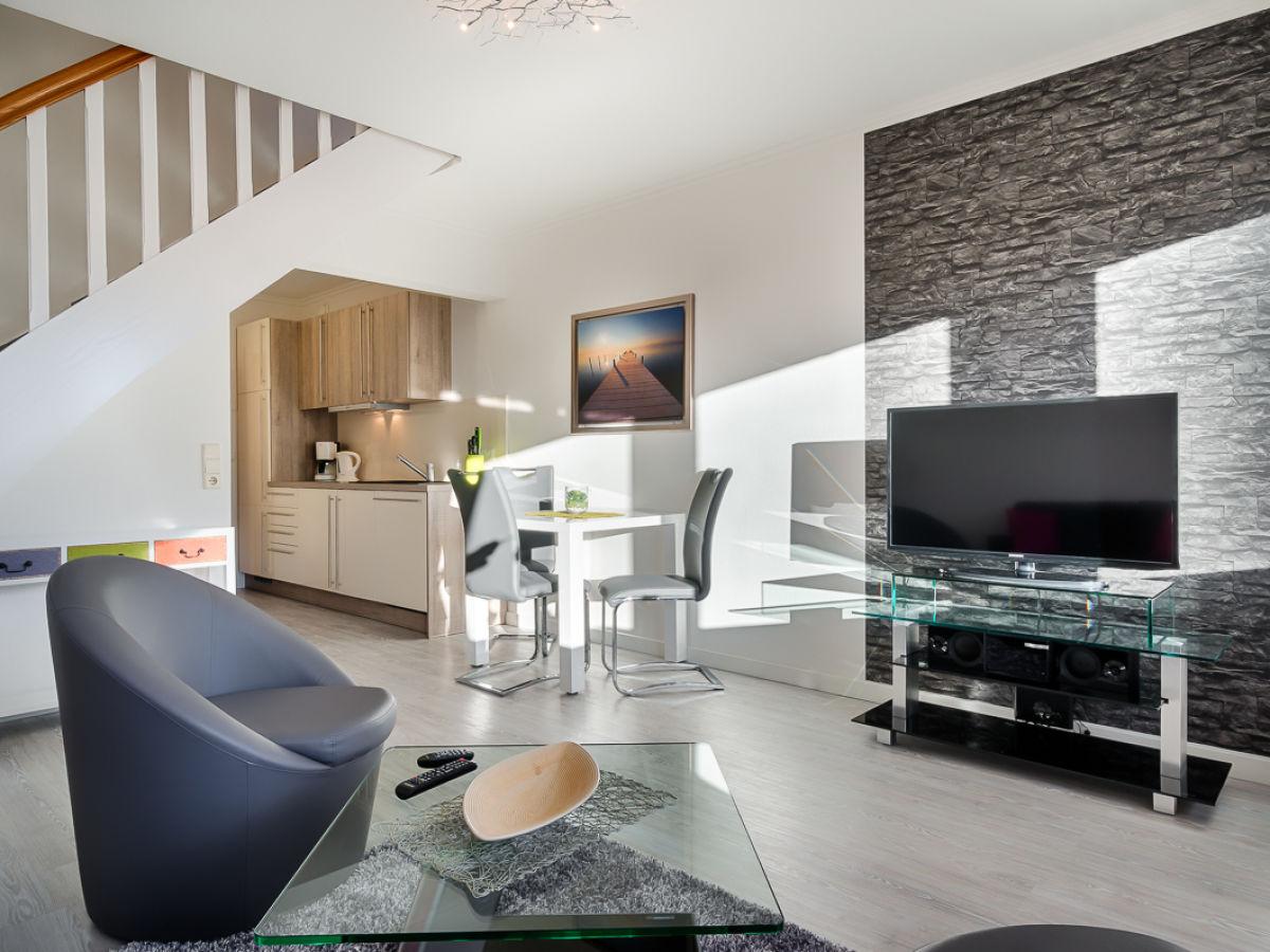 ferienwohnung moderne strandperle in bester lage sylt firma mrm gmbh ferienwohnungen sylt. Black Bedroom Furniture Sets. Home Design Ideas