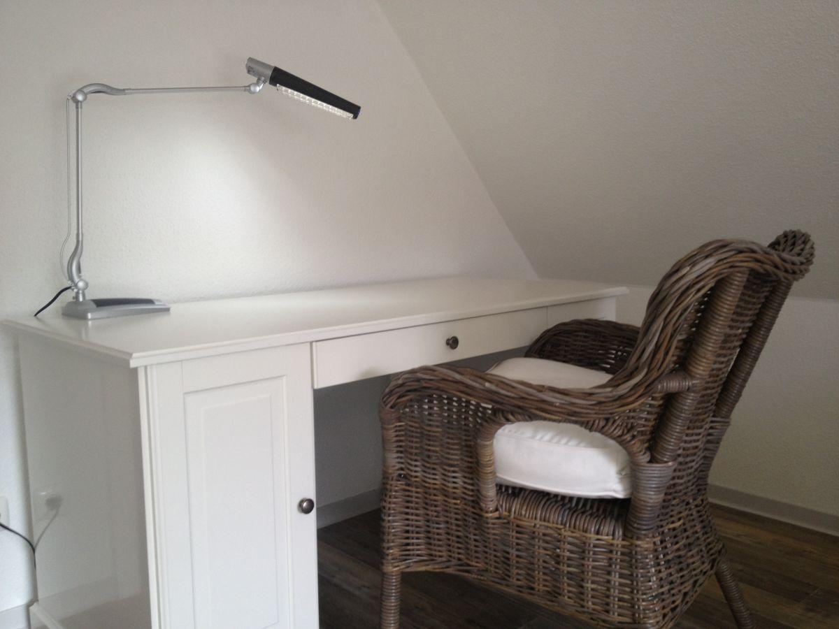 ferienwohnung zollstra e 2 etage l neburger heide firma elbhof harnisch frau andrea harnisch. Black Bedroom Furniture Sets. Home Design Ideas