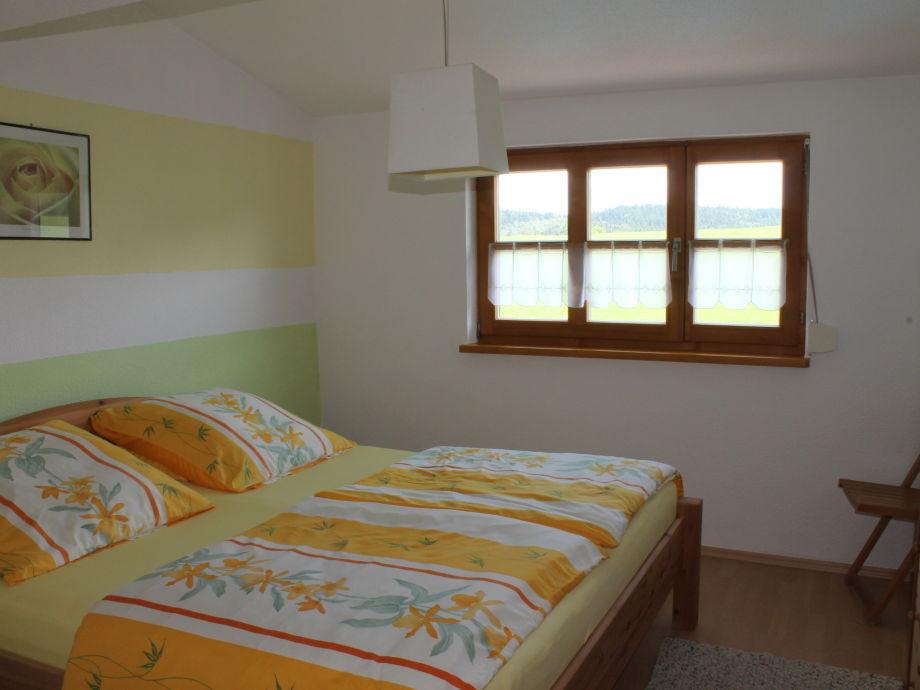 ferienwohnung zum biebl 2 sonnenblume unterer bay wald. Black Bedroom Furniture Sets. Home Design Ideas