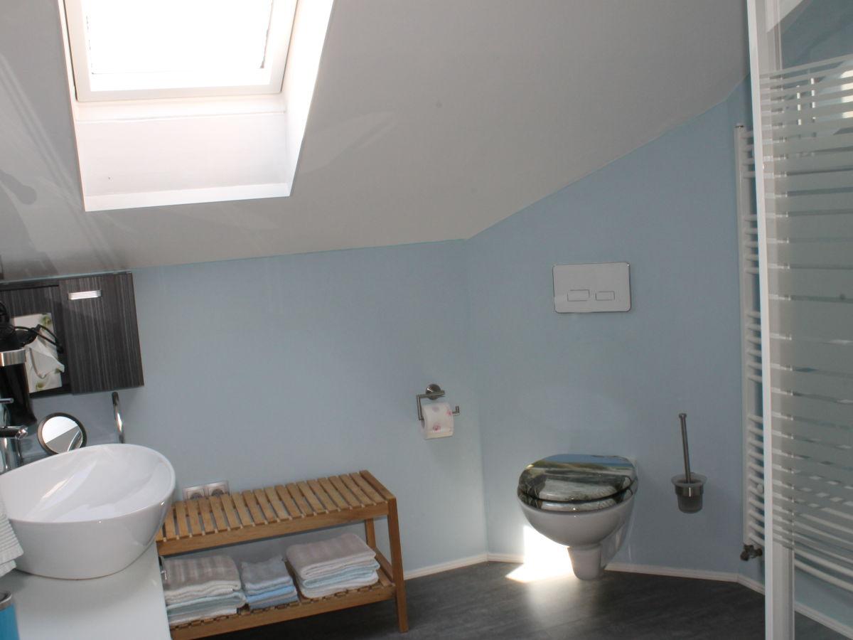 ferienwohnung zum biebl 2 sonnenblume hinterschmiding familie siglinde und max attenbrunner. Black Bedroom Furniture Sets. Home Design Ideas