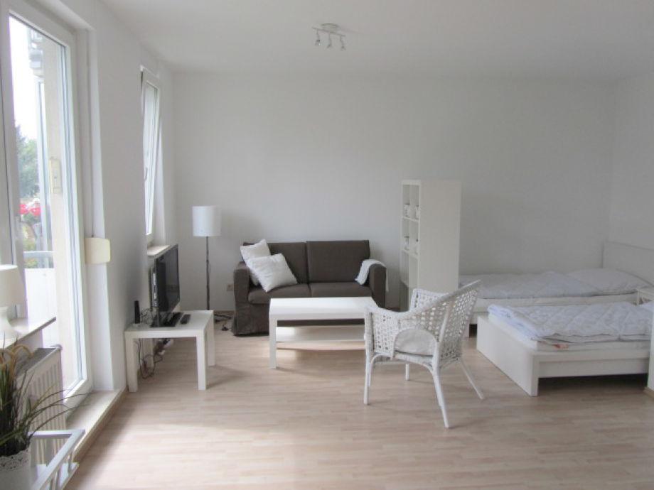 ferienwohnung hankel in leipzig leipzig firma. Black Bedroom Furniture Sets. Home Design Ideas