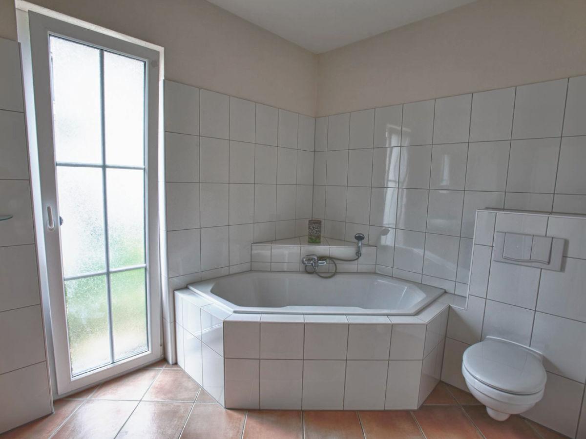 ferienwohnung anna huus erdgeschoss wohnung mit kleinem. Black Bedroom Furniture Sets. Home Design Ideas