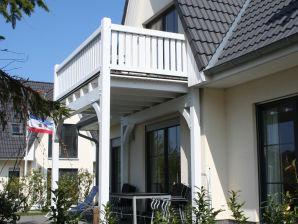 Ferienwohnung ANNA-HUUS, Dachgeschoss über 2 Etagen mit Balkon