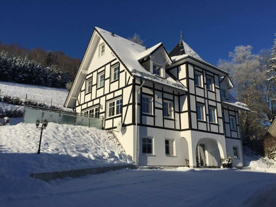 Die Kleine Villa im Winter