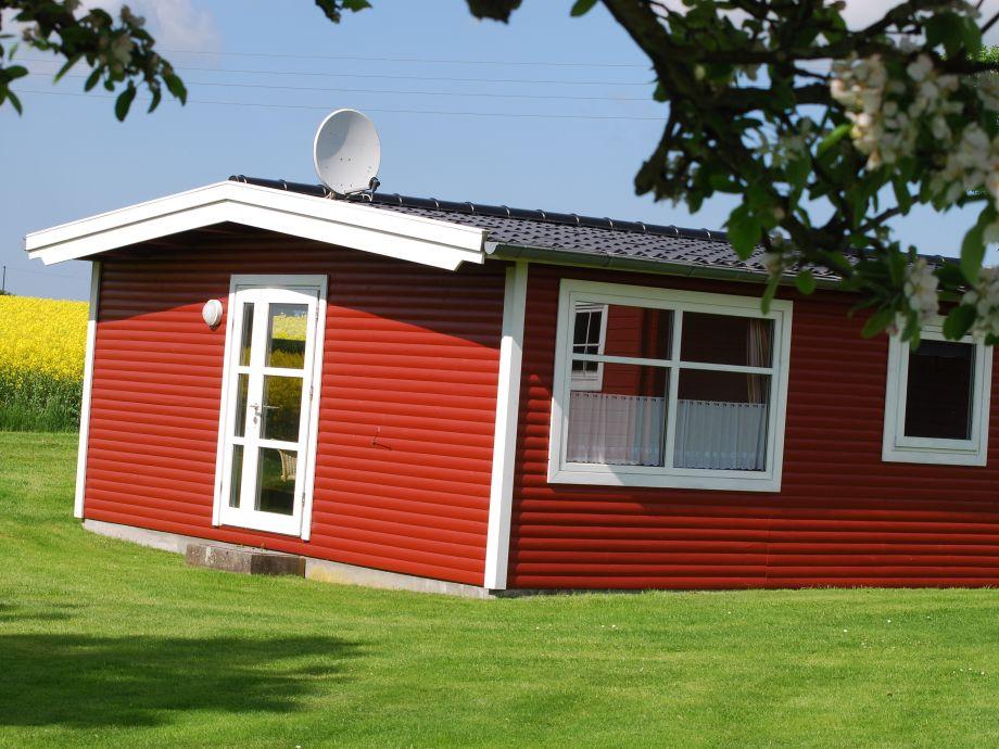 Das Rote Blockhaus von der Gartenseite
