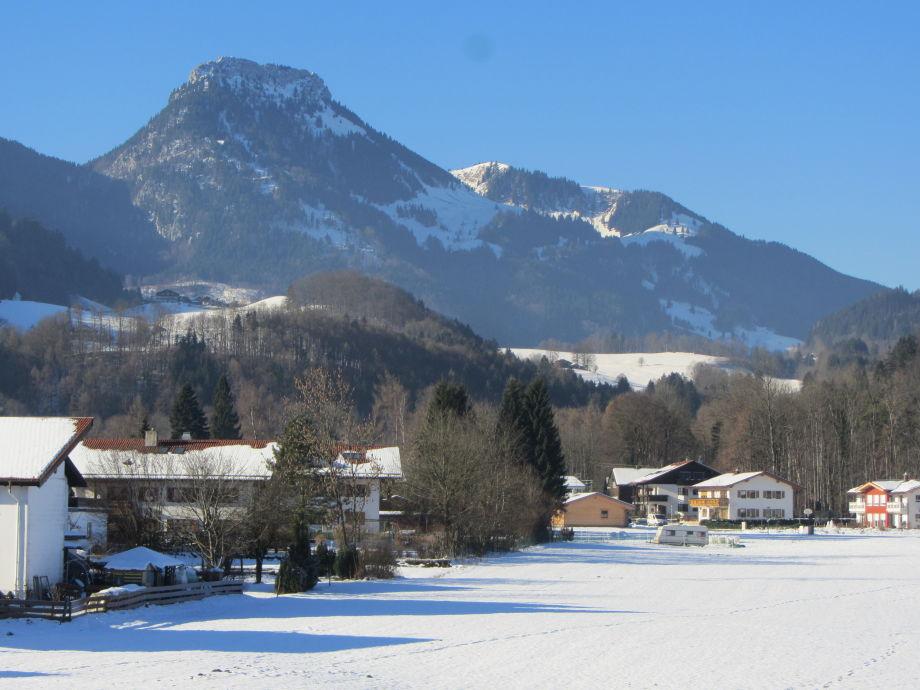 Winteraussicht auf den Brünnstein