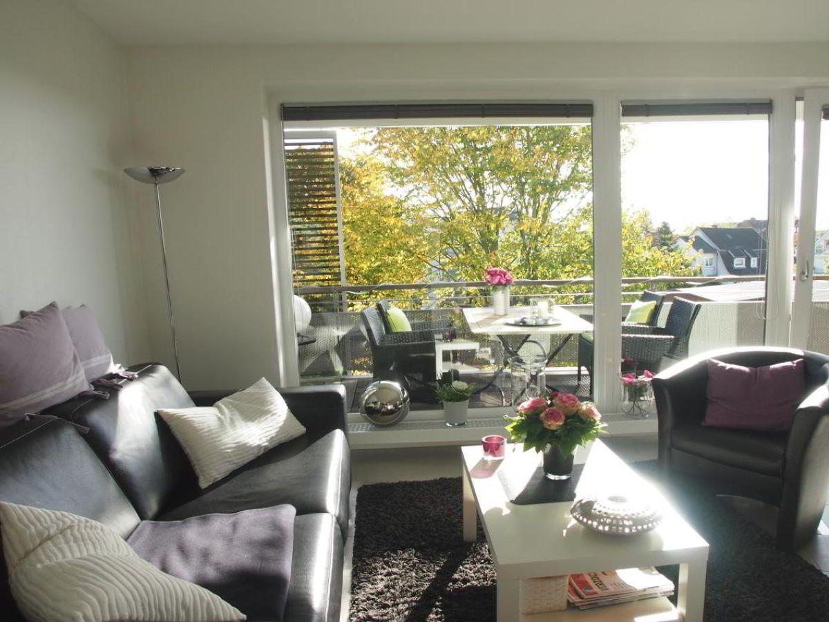 ferienwohnung wohnen am meer wg 20 timmendorfer strand firma ostsee living frau birgit. Black Bedroom Furniture Sets. Home Design Ideas