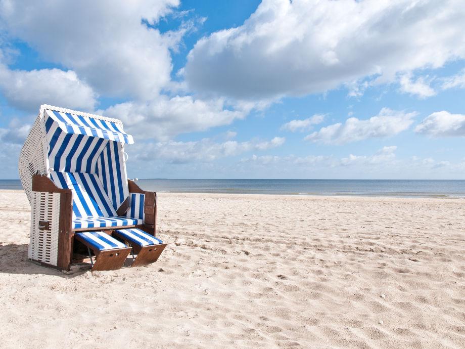 Strandkorb am meer  Ferienwohnung Penthouse am Meer, Timmendorfer Strand, Ostsee ...