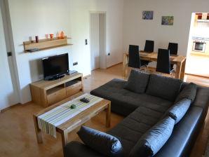 Ferienwohnung am Tiefwarensee, Wohnung im Erdgeschoss
