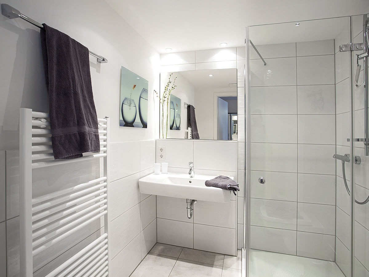 Residenz am balmer see bs 03 insel usedom in balm frau for Geflieste badezimmer