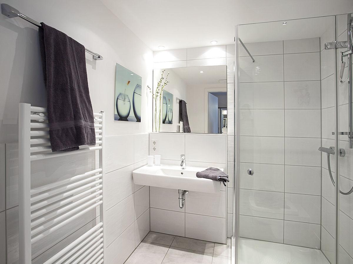 Residenz am balmer see bs 03 balmer see frau traude vogl for Geflieste badezimmer