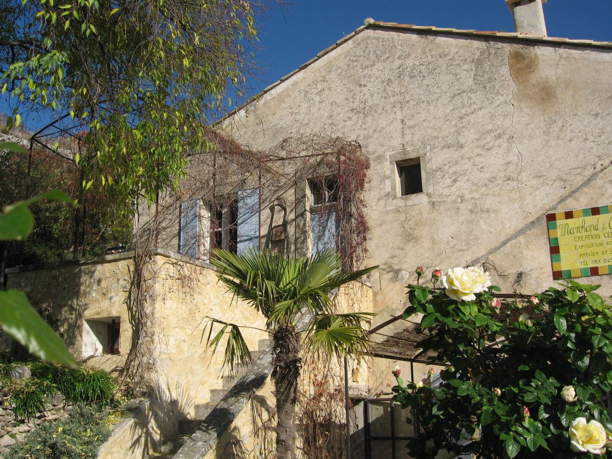 Holiday house maison des couleurs luberon provence firma le jas du boeuf - Maison couleur provence ...