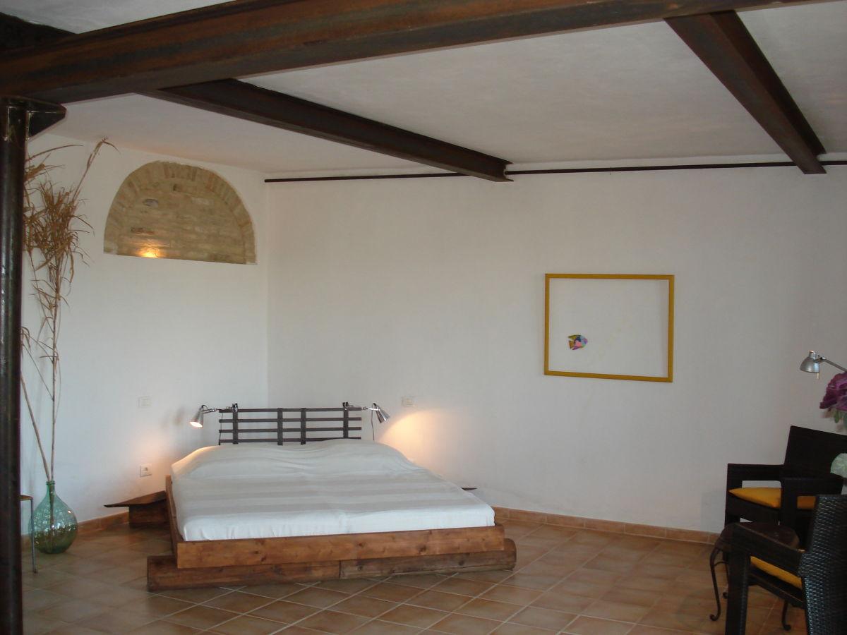 ferienwohnung casa adagio corinaldo marken italien ancona marken frau ingelis gnutzmann. Black Bedroom Furniture Sets. Home Design Ideas