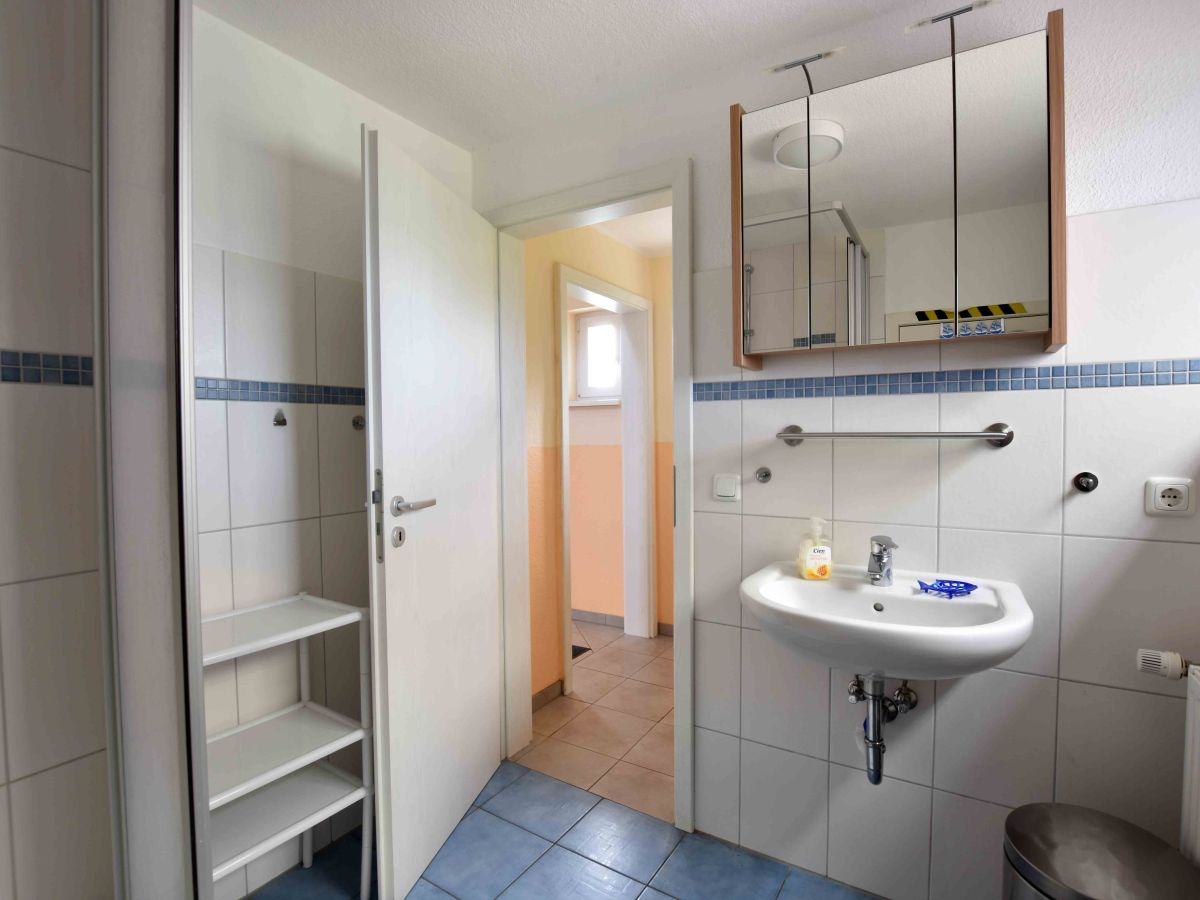 ferienhaus altes kapit nshaus am ostseestrand ostsee. Black Bedroom Furniture Sets. Home Design Ideas