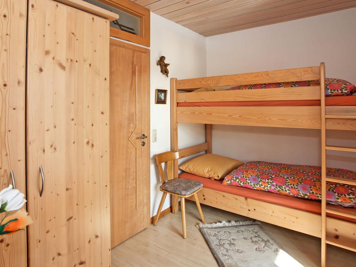 Ferienhaus fuerst bayerischer wald hauzenberg passauer for Kinderzimmer jasmin