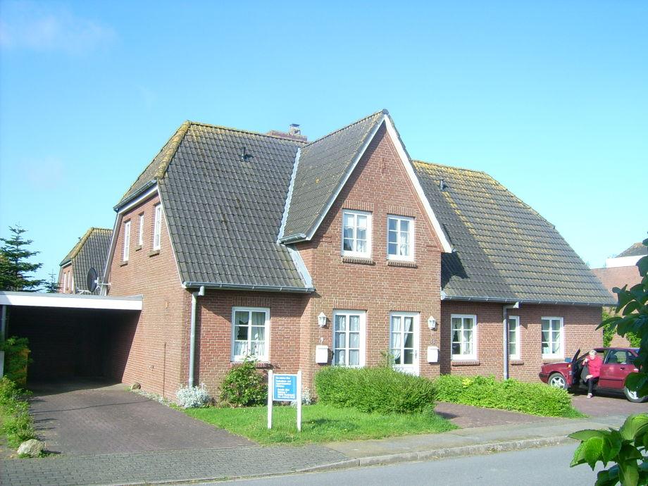 Das Ferienhaus im Kurzentrum Nordstrands gelegen.