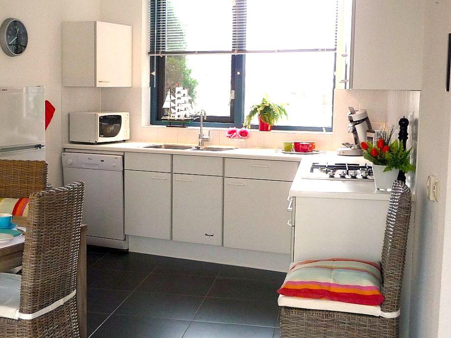 ferienhaus marinapark brekkense wiel 3 angeln baden bootfahren ijsselmeer lemmer firma. Black Bedroom Furniture Sets. Home Design Ideas