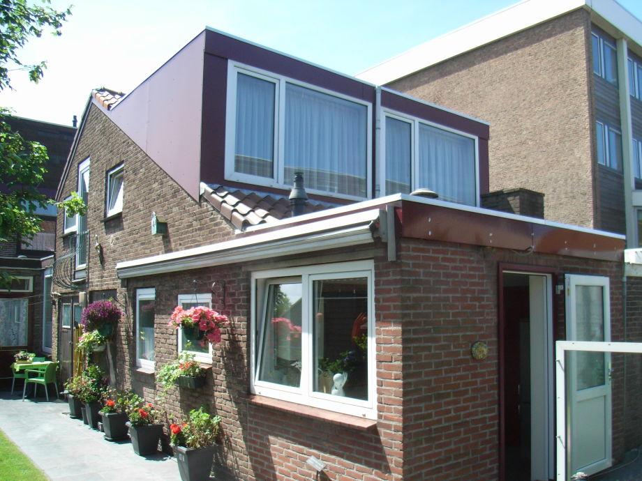 Ferienhäuschen Neeltje mit 2 Terrassen