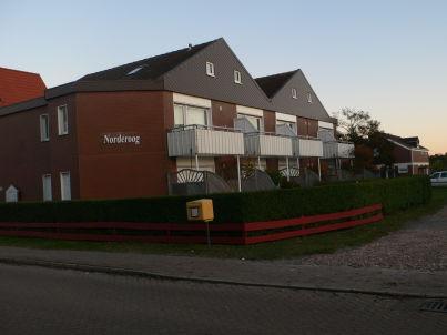 Terrassen-Fewo mit Parkplatz-Nr. 1 im Haus Norderoog