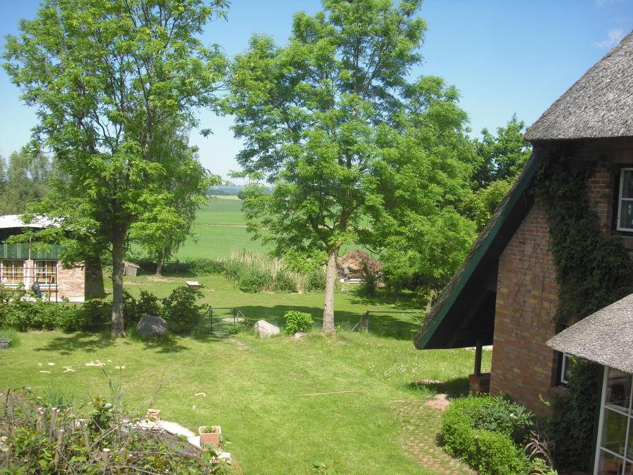 Blick aus dem fenster land  Ferienwohnung Neu Karin 2, Ostsee· Mecklenburgische Ostseeküste ...