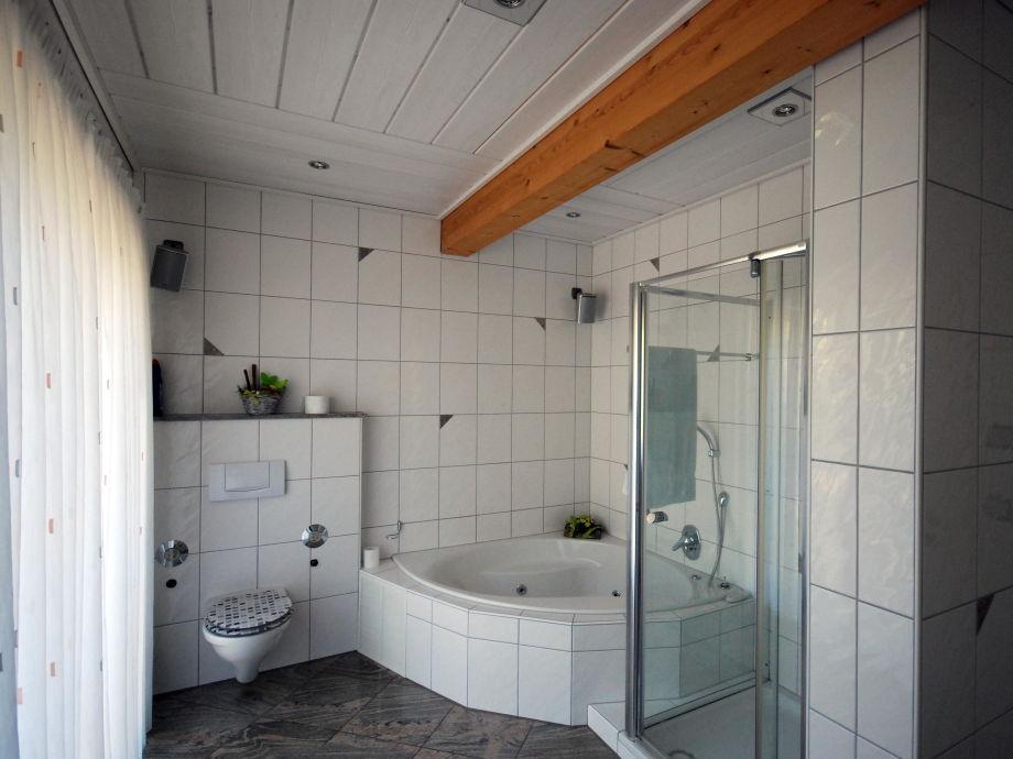 Luxus ferienwohnung marx direkt im naturpark spessart for Zimmer mit whirlpool nrw