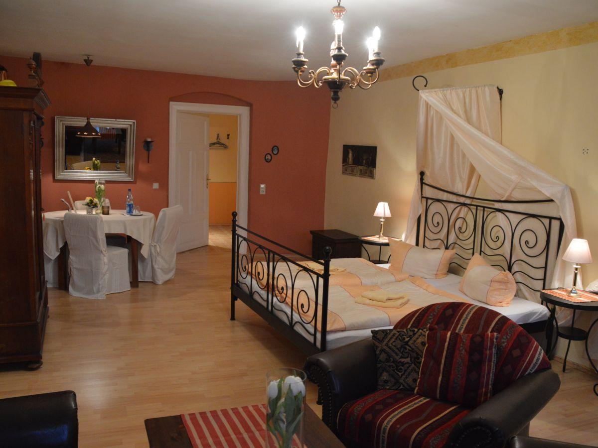 ferienwohnung ii und iii og barockhaus br derstra e g rlitz oberlausitz herr alfred lex. Black Bedroom Furniture Sets. Home Design Ideas