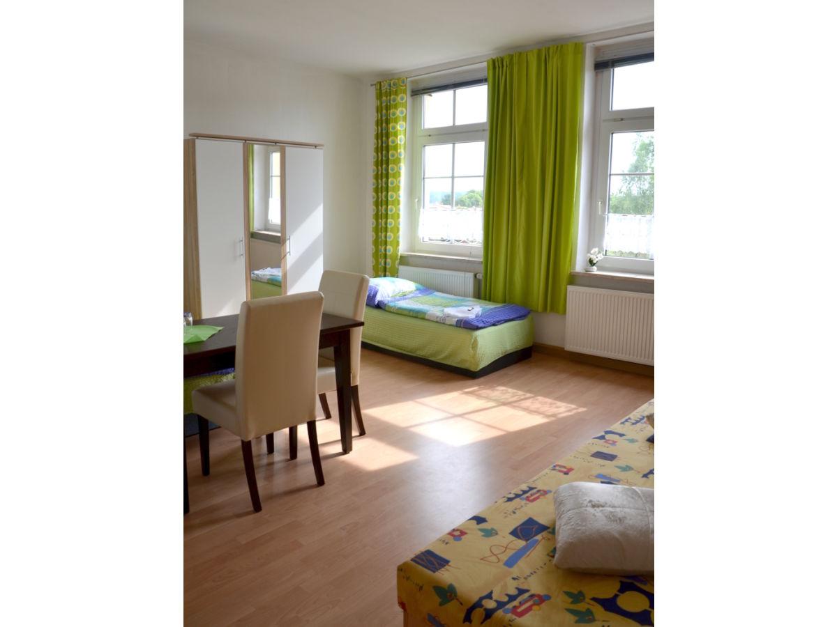 pension vielist 5 km von der m ritz entfernt in ruhiger lage familie dietmar r mpagel. Black Bedroom Furniture Sets. Home Design Ideas
