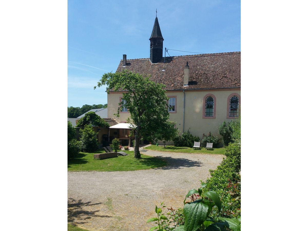 Ferienhaus a l ancien couvent zum alten kloster elsass for Haus mit garten