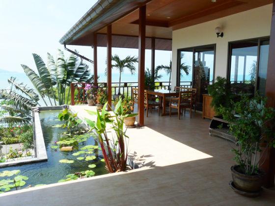Villa baan lom talay sea breeze koh samui ms m rschel for Koi pool villa