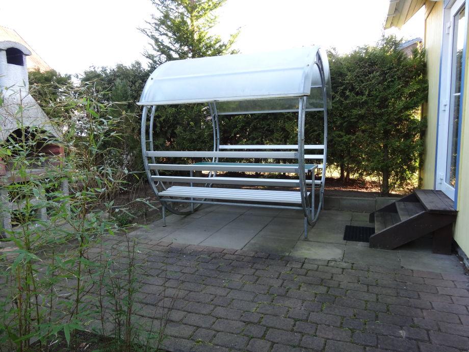 ferienhaus am glammsee mit 2 booten und stegliegeplatz mecklenburgische seenplatte nahe wismar. Black Bedroom Furniture Sets. Home Design Ideas