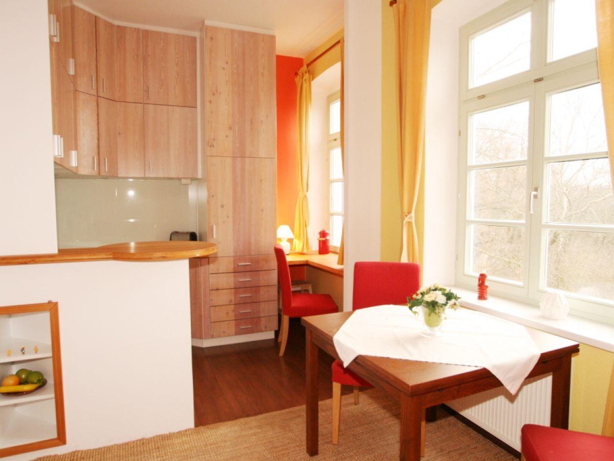 ferienwohnung herrenhaus blengow zimmer 9 ostsee frau marita bartsch. Black Bedroom Furniture Sets. Home Design Ideas