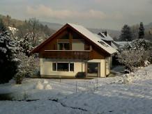 Ferienwohnung Obere Ferienwohnung im Ferienhaus am Gunzenbach