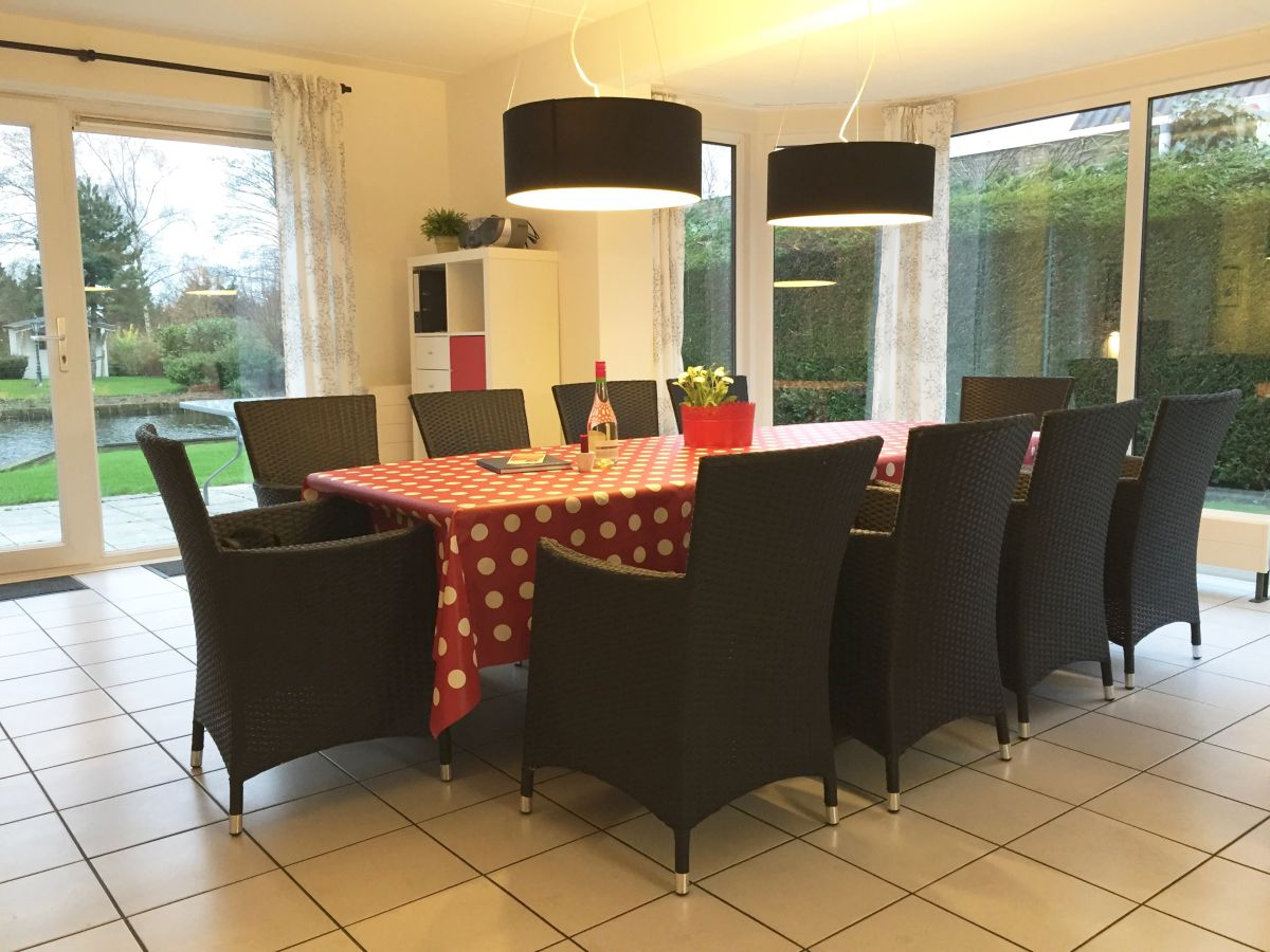 ferienhaus k sters medemblik nordholland frau ursula. Black Bedroom Furniture Sets. Home Design Ideas