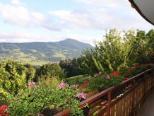 """Ferienwohnung """"Rose"""" auf dem Bauernhof  Berghof Lingg"""