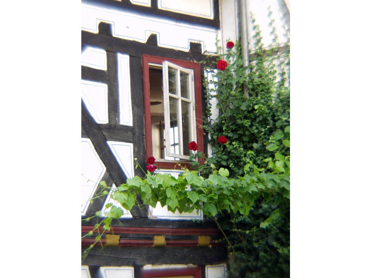 3 zimmer ferienwohnung taunus lahn firma g stehaus for Fenster zum hof