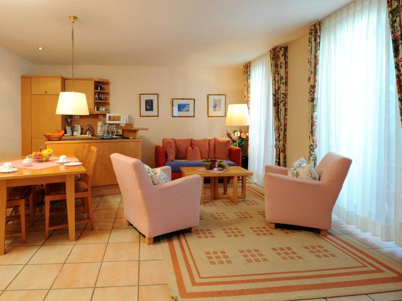 Ferienwohnung 4 Post Hiddensee Apartments