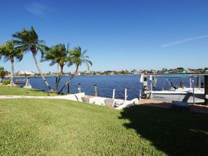 Villa Dolphin Cove