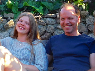 Ihr Gastgeber Andreas Baumgart und Tochter Ella