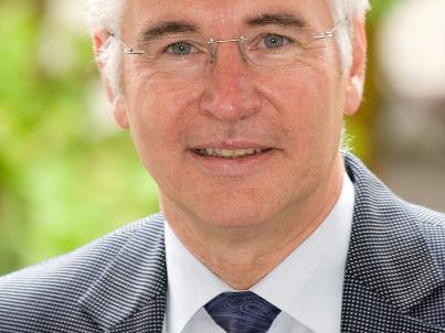 Ihr Gastgeber Prof. Dr. Manfred Cierpka