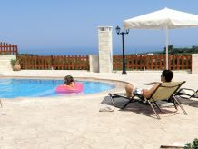 Holiday house Erofili not far to the sandy beach of Chrisi Amo