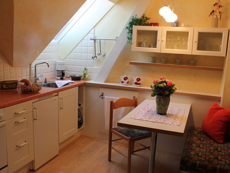 ferienwohnung 2 im romantischen g stehaus annas home steiermark frau gertrude skorianz. Black Bedroom Furniture Sets. Home Design Ideas