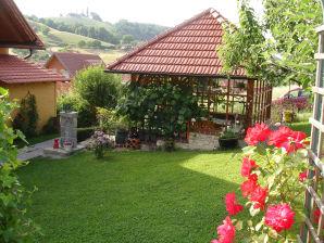 Ferienwohnung 2 im romantischen Gästehaus Annas-Home