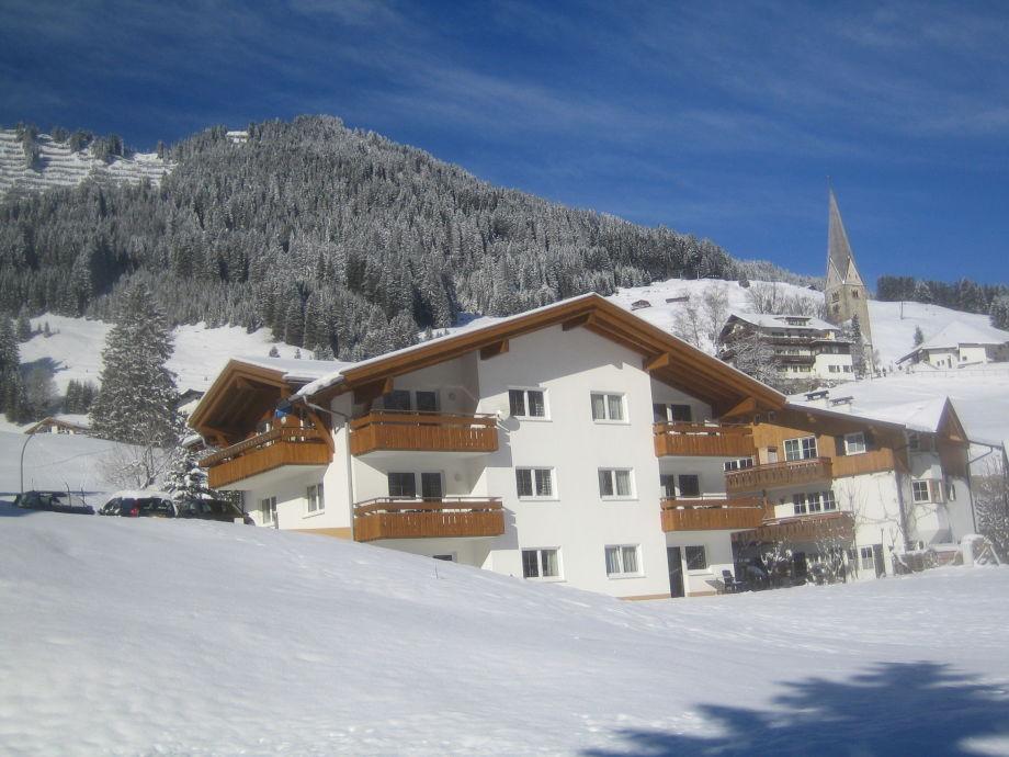 """Unsere Ferienwohnung 1 im """"Haus Walser Berg"""" im Winter"""