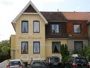 """Ferienwohnung """"Nordsee"""" im Haus Kehrwieder"""