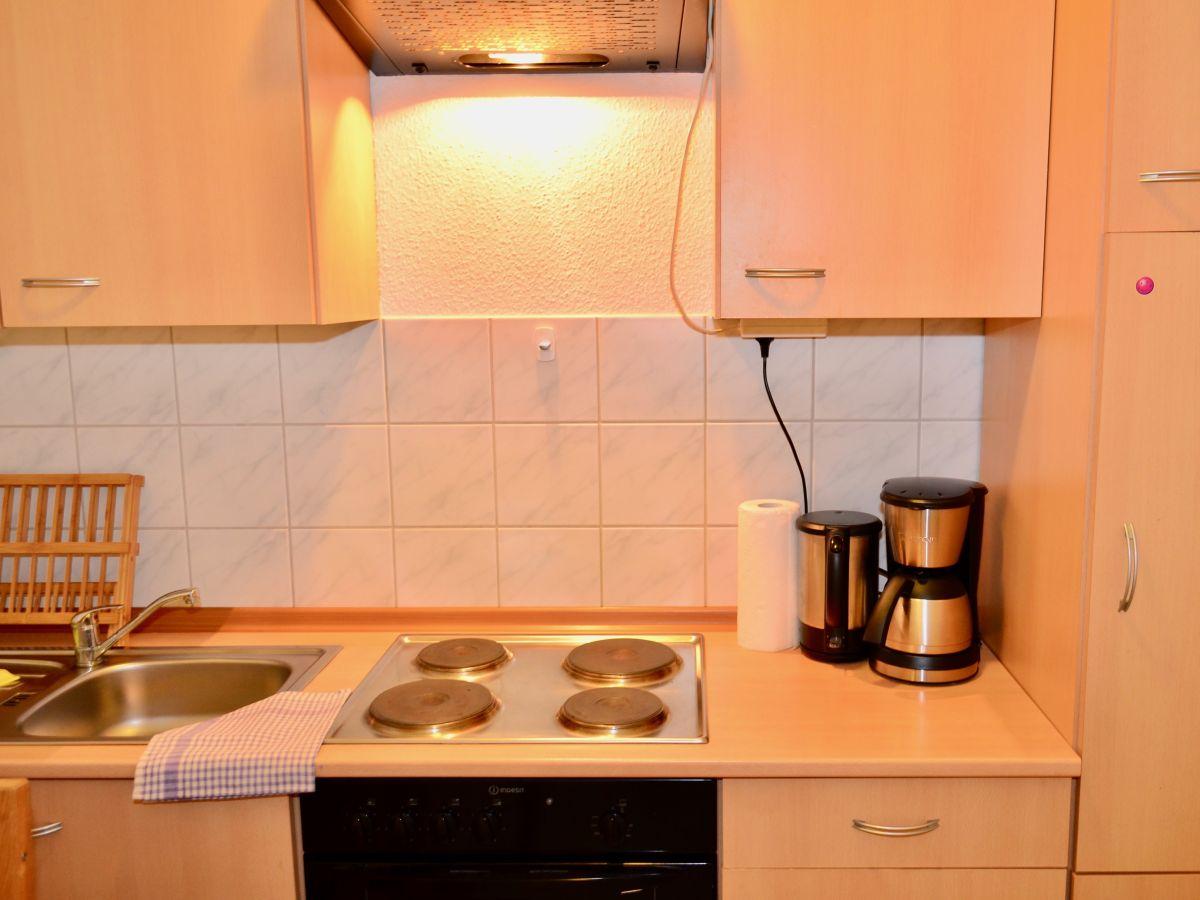 ferienwohnung universit t im wintergartenhochhaus leipzig herr alexander grothe. Black Bedroom Furniture Sets. Home Design Ideas