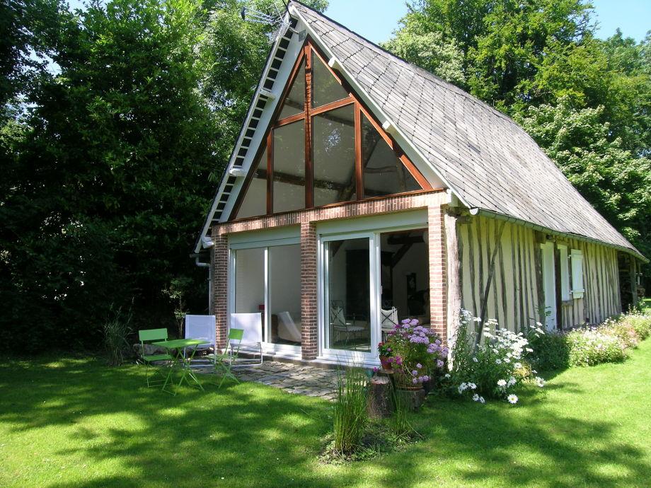 ferienhaus la grange normandie varengeville sur mer firma les g tes d 39 emilie frau emilie. Black Bedroom Furniture Sets. Home Design Ideas