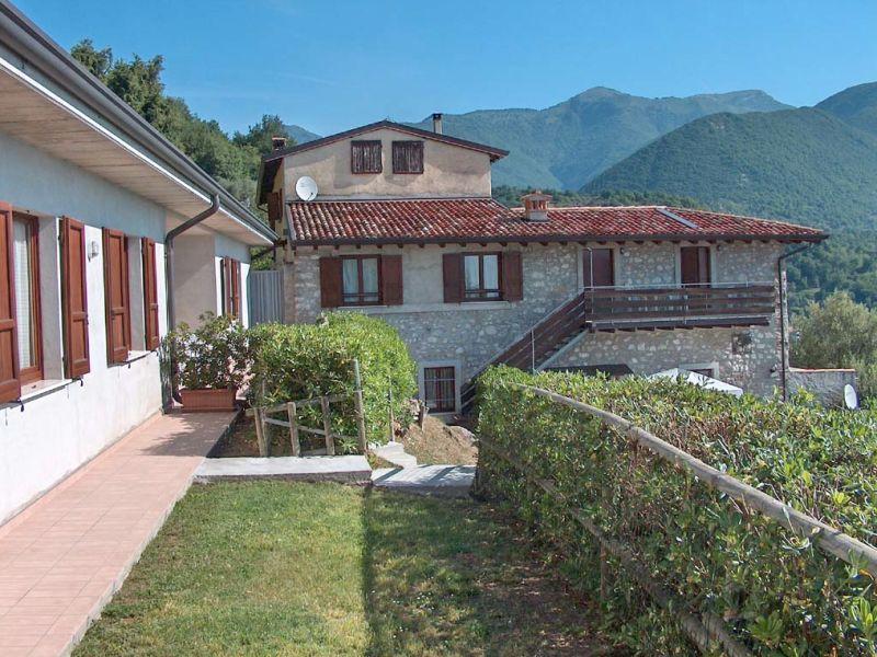 Holiday apartment Trilocale - Agriturismo Turelli on Garda Lake