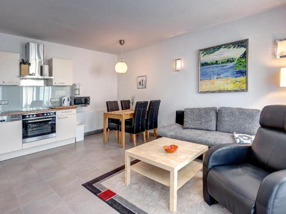 Wohnzimmer mit komfortabler Ausstattung