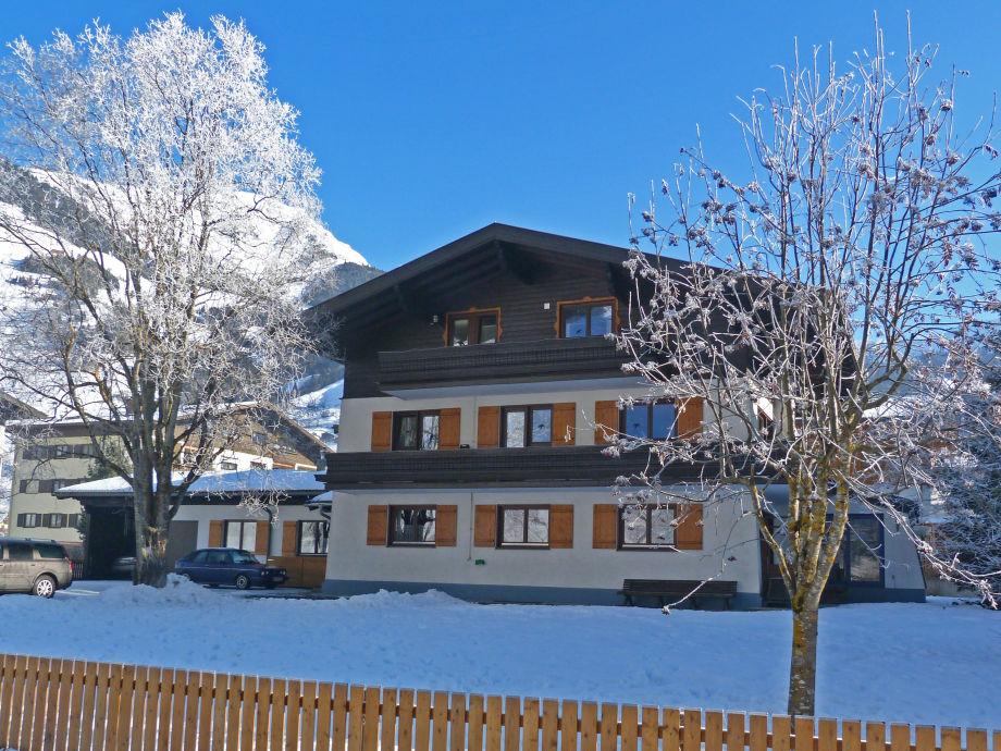Haus Enzian, Winter